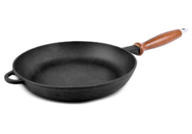 Cast iron skillet with wooden handle with a screw Ø20cm